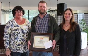 Wanda Audette (left) and Barbara Rachelson (right) with The Elizabeth Lund Employee of the Quarter 2013 Graham Kidder.